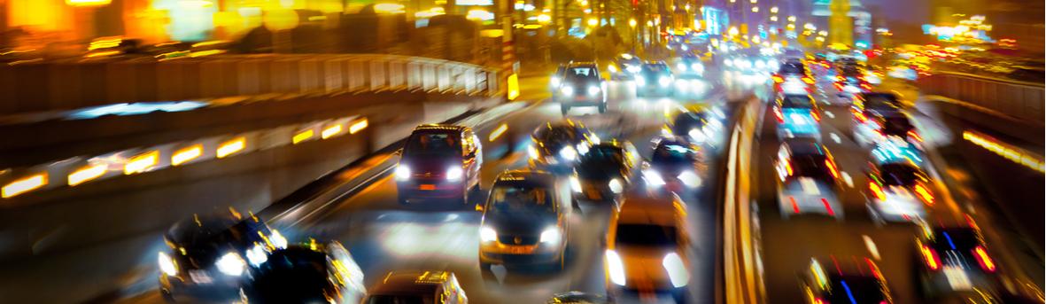 Wat zijn de symptomen van nachtblindheid, slecht bij autorijden 's nachts. Behandeling nachtblindheid.