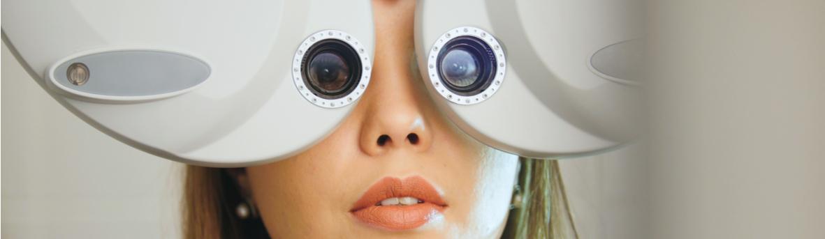 Wat staat er in een brilrecept. In een trilrecept staan de gegevens van de oogmeting. Oogarts, opticien, optometrist.